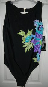 Womens NEW Catalina Black Floral Swim Suit Bathing (I have 2 Sizes) in Kingwood, Texas